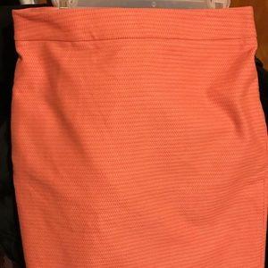 "Ann Taylor Skirt Orange Size 10 - 23 1/2"" L - New"